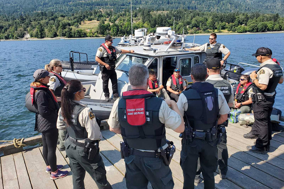 Officers from DFO's Conservation and Protection branch (C&P) from Powell River, Nanaimo, Duncan, Victoria, and Annacis Island were involved in the operation. (DFO photo)